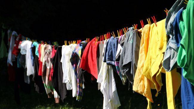 Как восстановить цвет одежды