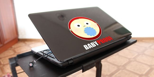 3 Conseils-sécurité pour enfants pour arrêter les bébés et les tout-petits de ruiner votre technologie