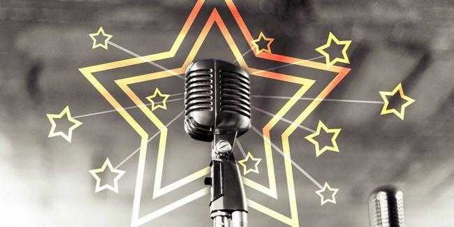 6 Réseaux sociaux effervescents éclairés étoile pour chanteurs
