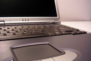 Utilisation de Microsoft Office, les utilisateurs peuvent numériser des documents et modifier les documents dans Microsoft Word.