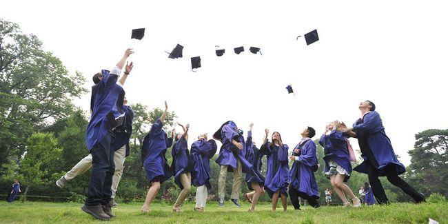 Comment sauver des milliers: consolider vos prêts étudiants