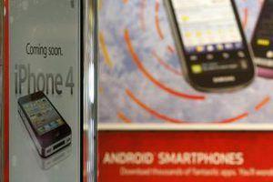 des applications de partage de fichiers fonctionnent sur les deux téléphones et tablettes.