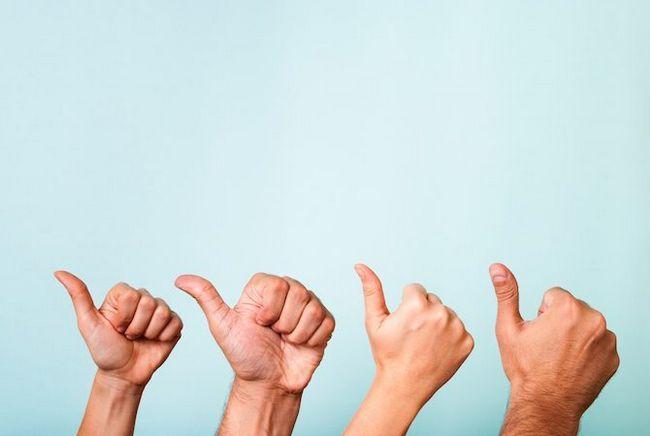 mains thumbs up