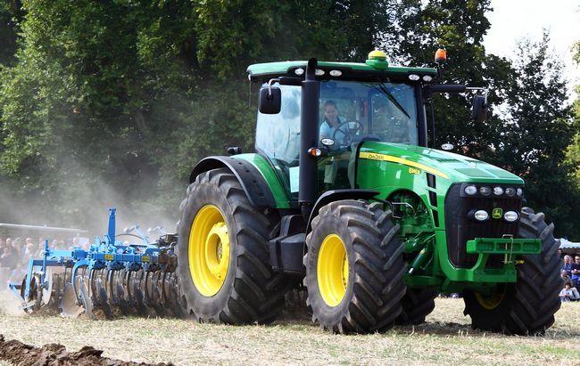Rien drms comme un deere: pourquoi les agriculteurs ne peuvent pas fixer leurs propres tracteurs