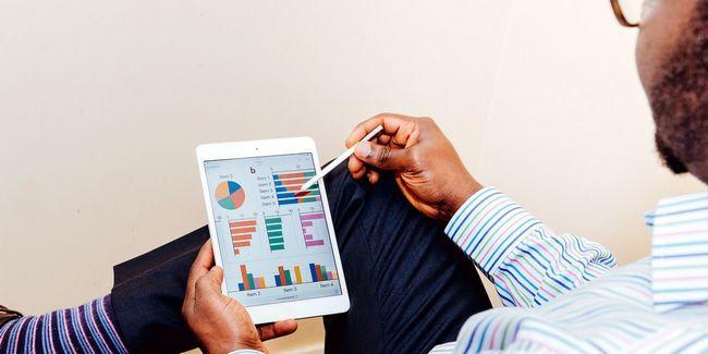 Si vous embaucher un conseiller financier en ligne?