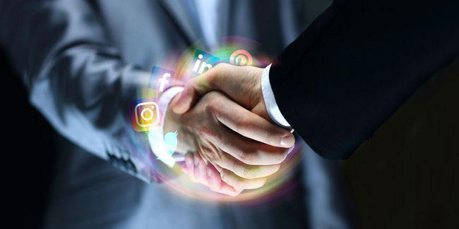 Les dos et à ne pas faire de réseautage professionnel sur les médias sociaux