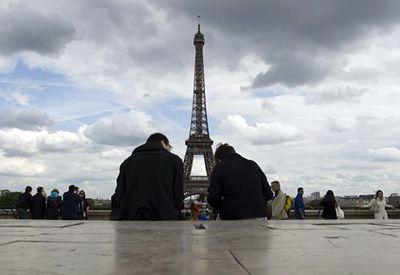 Треть французов пользуется мобильным интернетом хотя бы раз в месяц