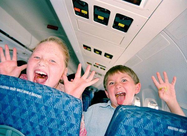 вредно ли летать ребенку на самолете?